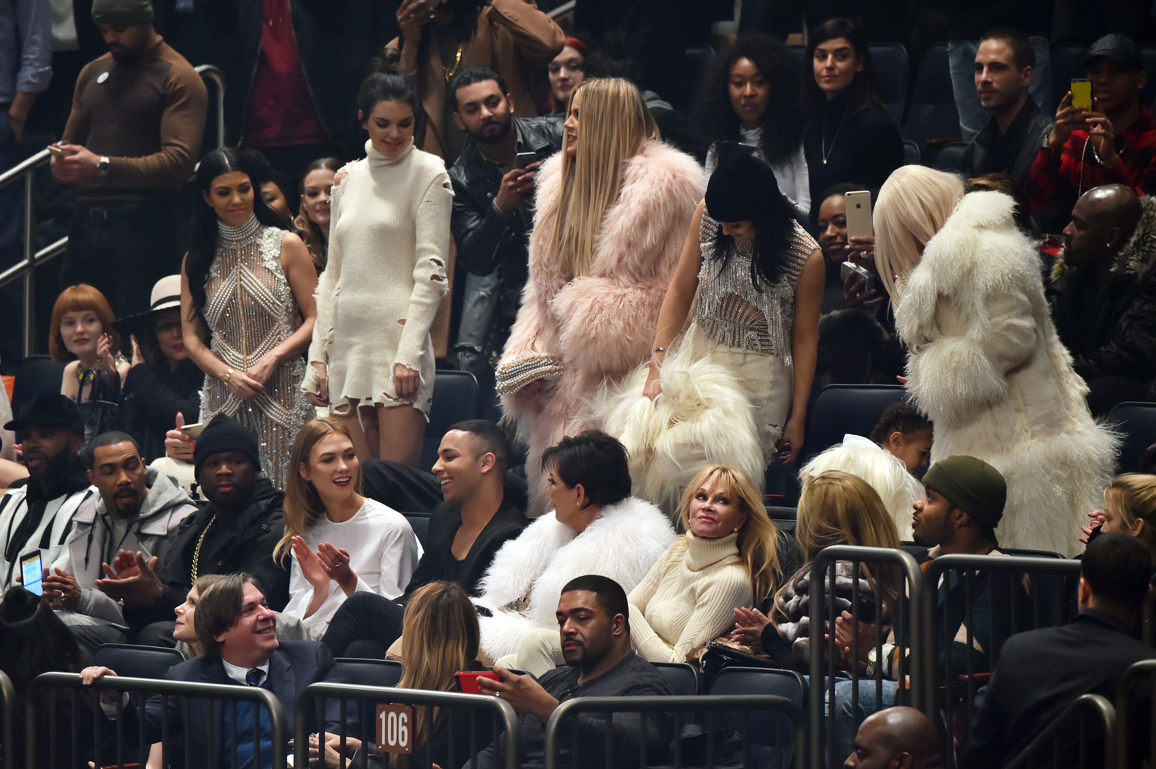 kanye-yeezy-show-5585909at